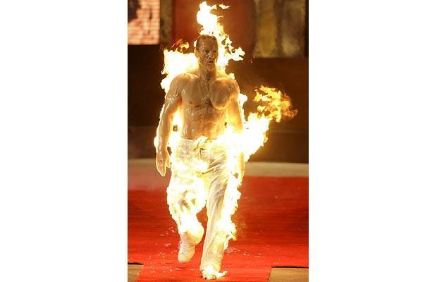 fire-stuntman_1207261i
